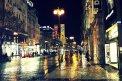 Fotografia: Nočné mesto po daždi, fotograf: Peter  Silný, tagy: Praha, dážď, námestie